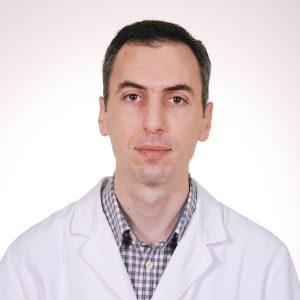 Branko Zečević, šef apoteke