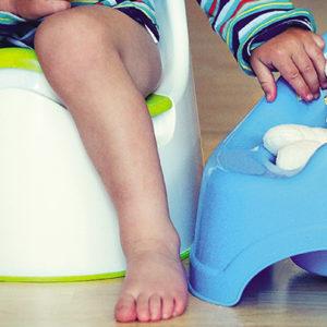 Nevoljno mokrenje – kako pomoći detetu da uspostavi kontrolu